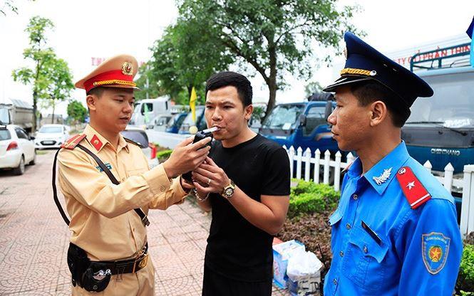 Phát hiện nhiều tài xế xe khách Hà Nội dính ma túy - Ảnh 9.