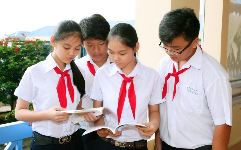 Đề thi học kì 2 lớp 8 môn Toán trường THCS Thái Thịnh năm 2019