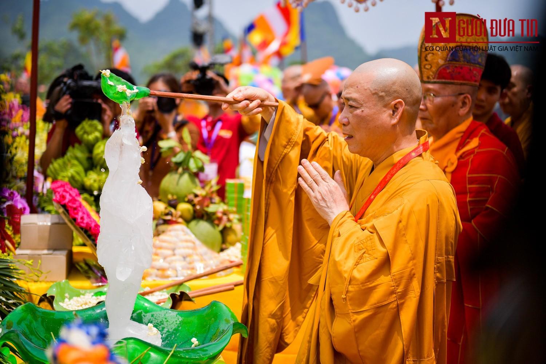 Ý nghĩa của nghi thức Tắm Phật trong lễ Phật Đản - Ảnh 1.