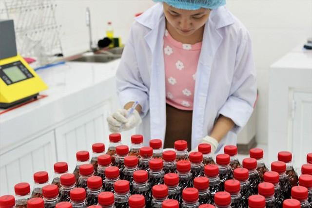 Ái nữ ông Trần Quí Thanh: 'Nếu 25 năm trước, Tân Hiệp Phát không bắt đầu thì thị trường hiện nay cũng chỉ có Coca và Pepsi - Ảnh 3.