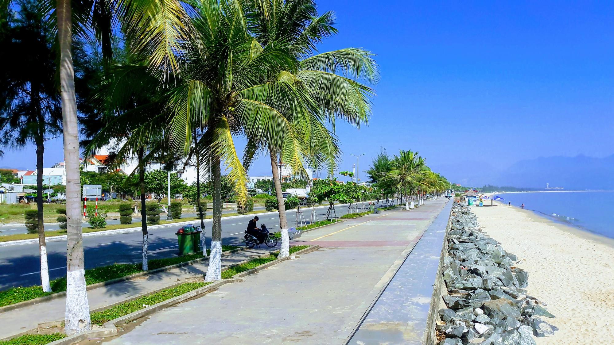 Cận cảnh nơi Đà Nẵng sẽ làm quảng trường kết hợp bãi đậu xe khủng hơn 4.000m2 - Ảnh 10.