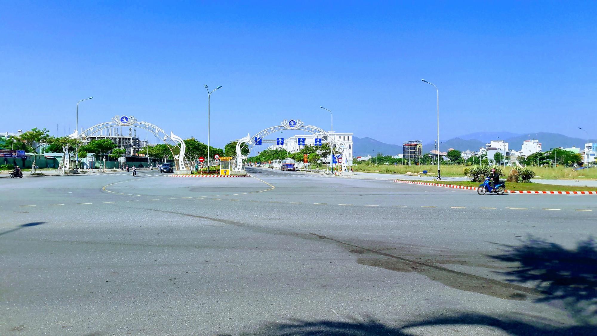Cận cảnh nơi Đà Nẵng sẽ làm quảng trường kết hợp bãi đậu xe khủng hơn 4.000m2 - Ảnh 4.