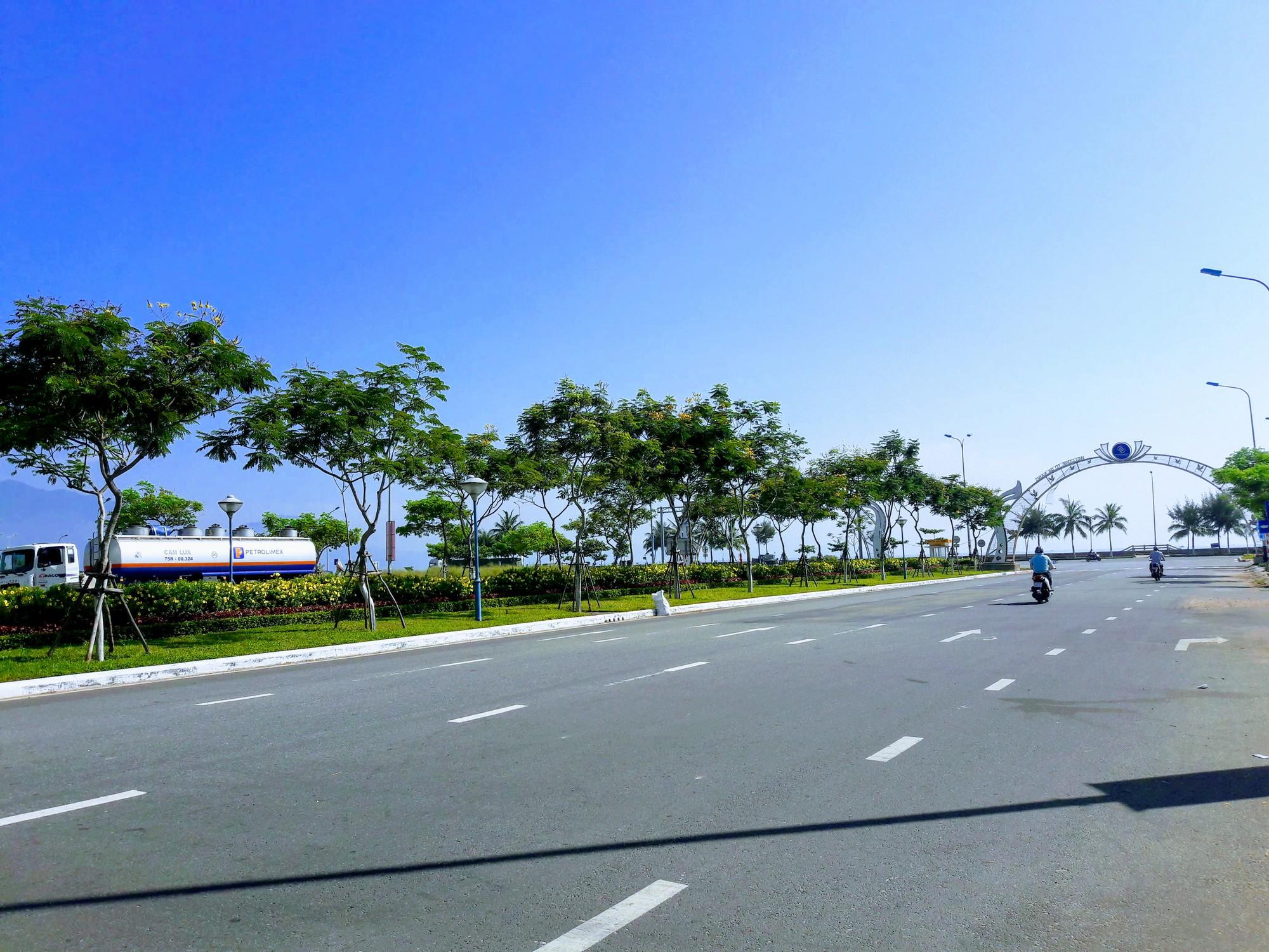 Cận cảnh nơi Đà Nẵng sẽ làm quảng trường kết hợp bãi đậu xe khủng hơn 4.000m2 - Ảnh 2.