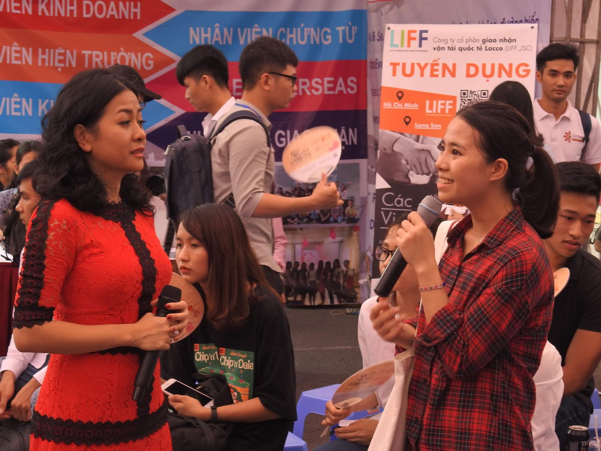 Bà Trần Uyên Phương: Giai đoạn thực tập chính là lúc chúng ta bắt đầu và không còn thời gian để bỏ phí - Ảnh 2.