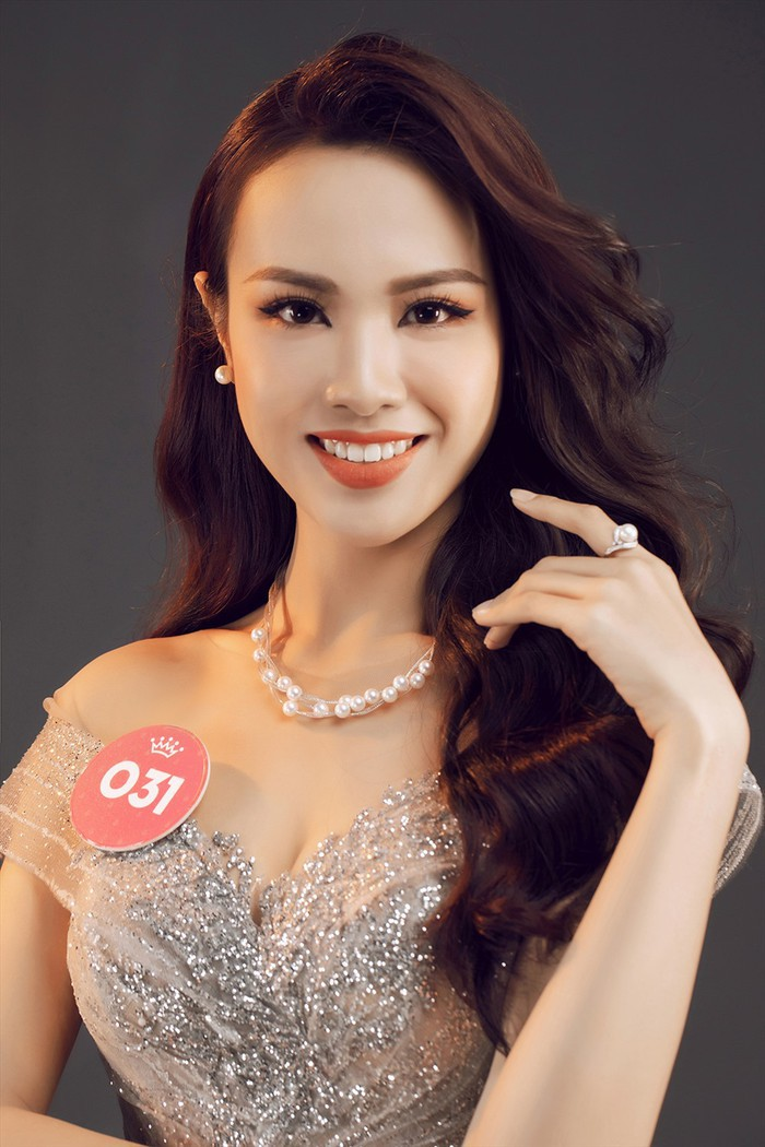 Những nhan sắc được kì vọng tham gia Hoa hậu Thế giới - Việt Nam 2019  - Ảnh 7.