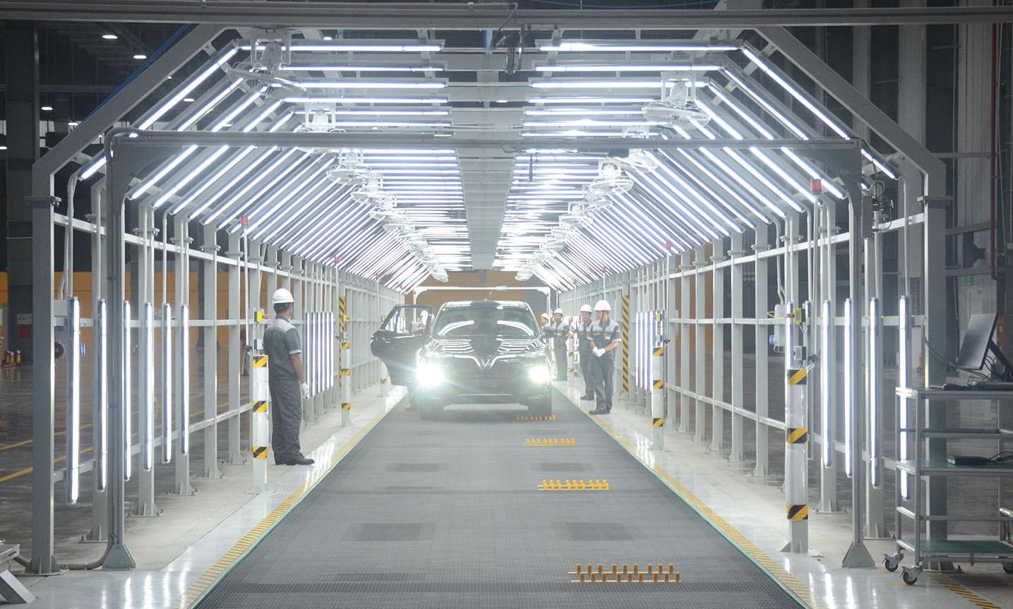 Xem quy trình lắp ráp ôtô VinFast trước ngày đi vào sản xuất thương mại - Ảnh 14.
