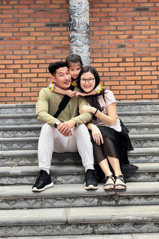 Huy Khánh bảo vệ con gái khi dân mạng nhận xét hỗn láo với bố trên sóng truyền hình - Ảnh 5.