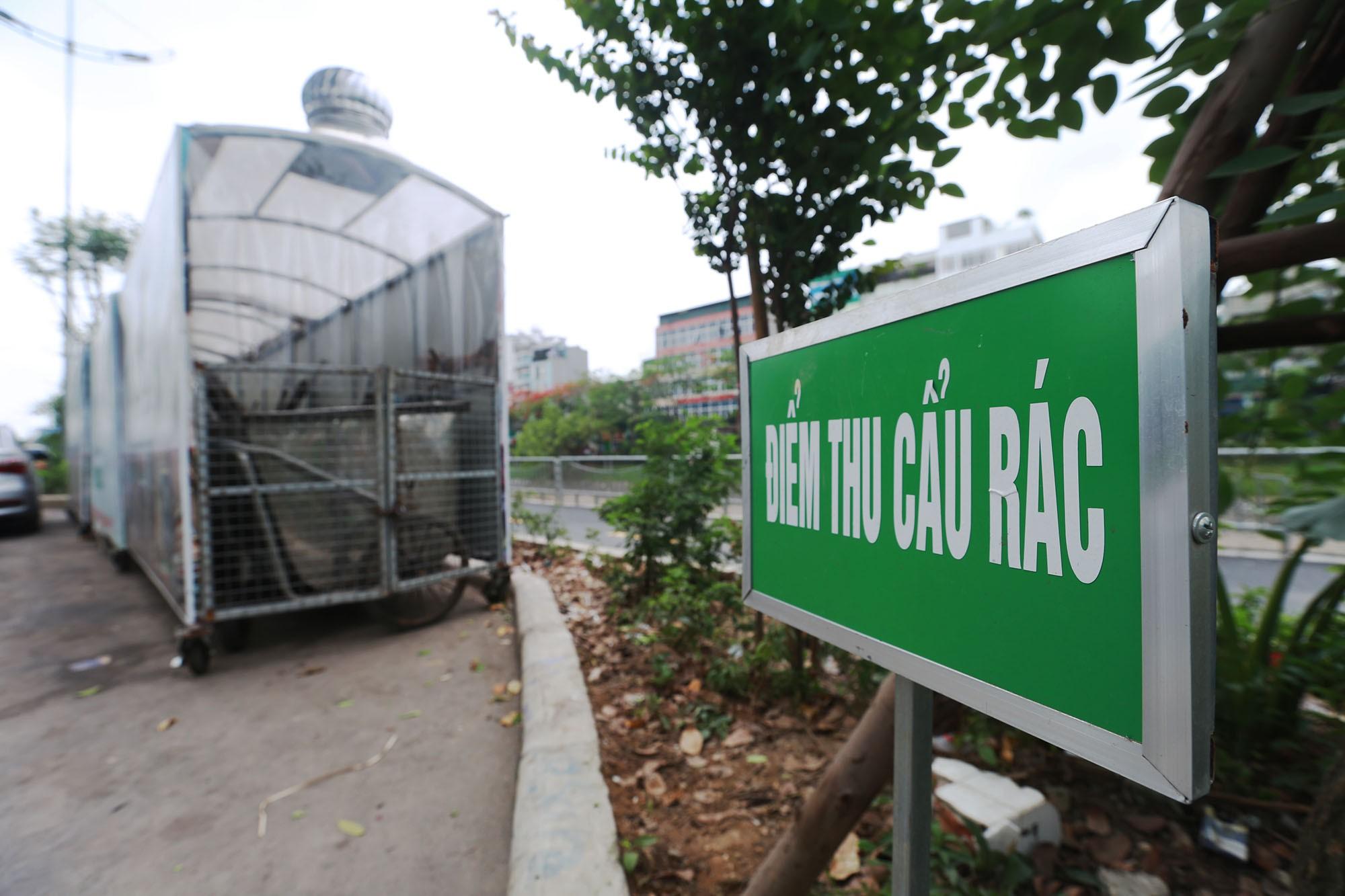 Hà Nội: Nhiều tuyến đường trang bị nhà ở di động cho xe đẩy rác - Ảnh 2.