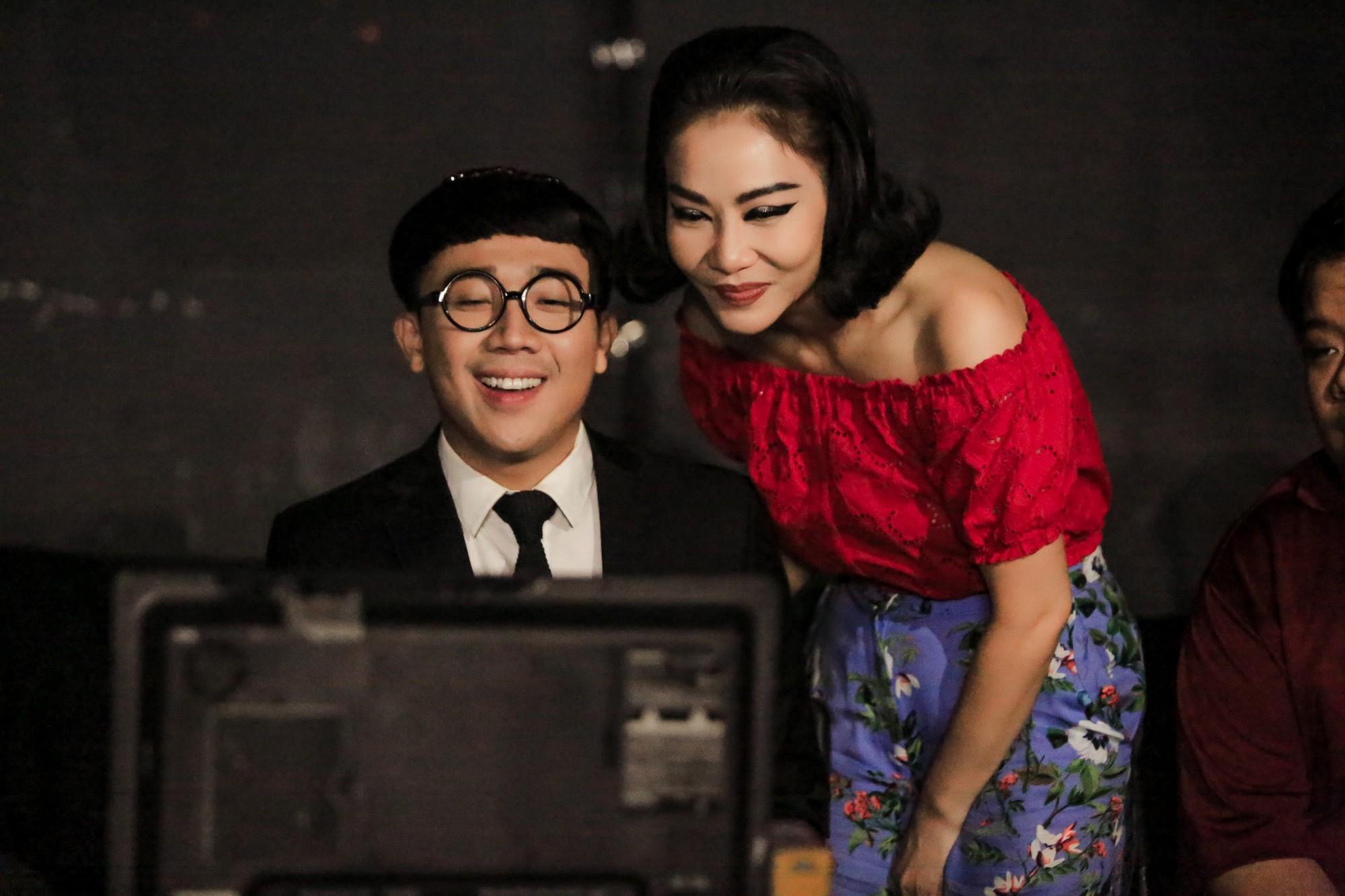Trấn Thành tố cáo Thu Minh nghiện Facebook, mê sống ảo - Ảnh 2.