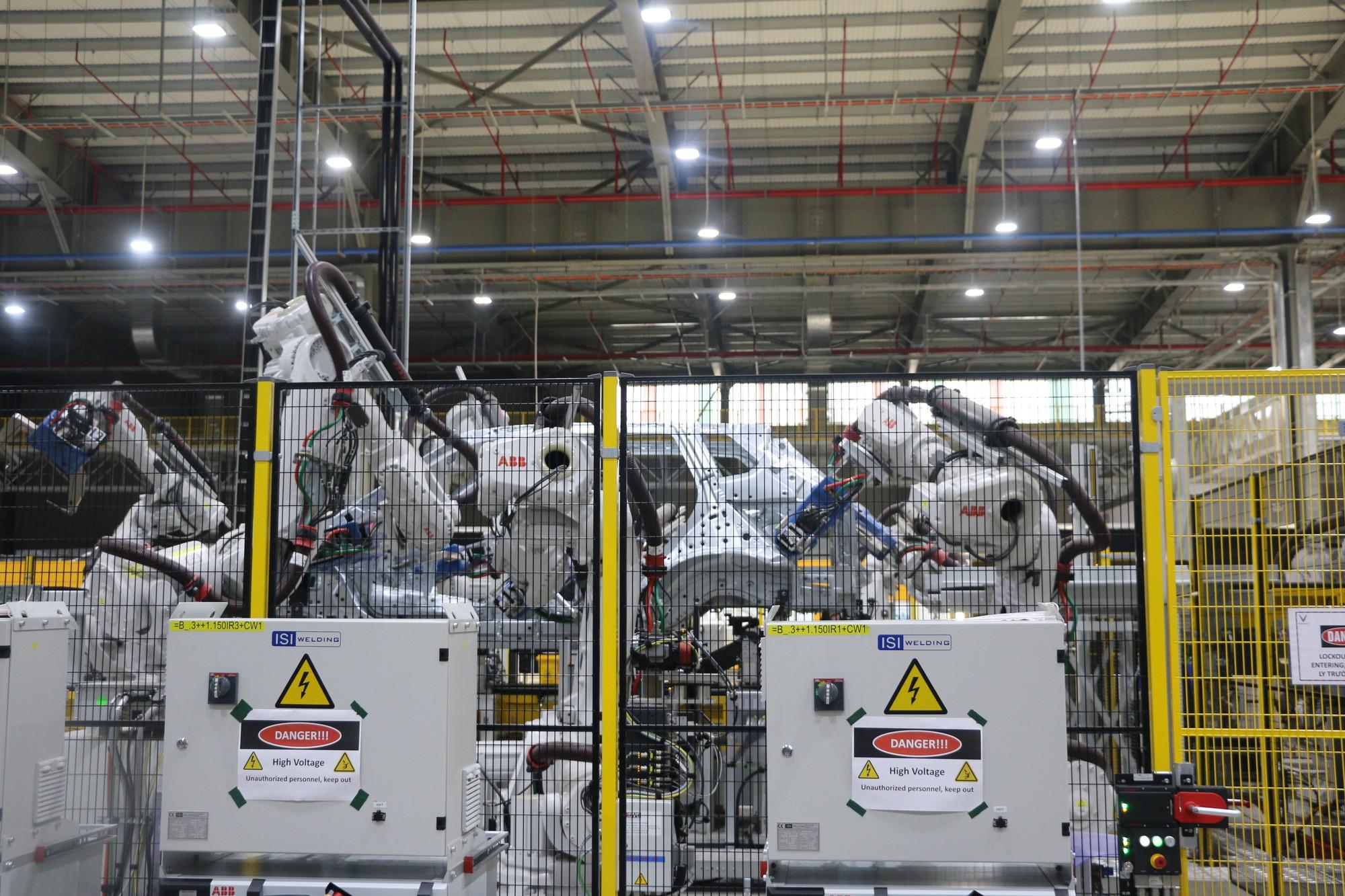 Xem quy trình lắp ráp ôtô VinFast trước ngày đi vào sản xuất thương mại - Ảnh 6.