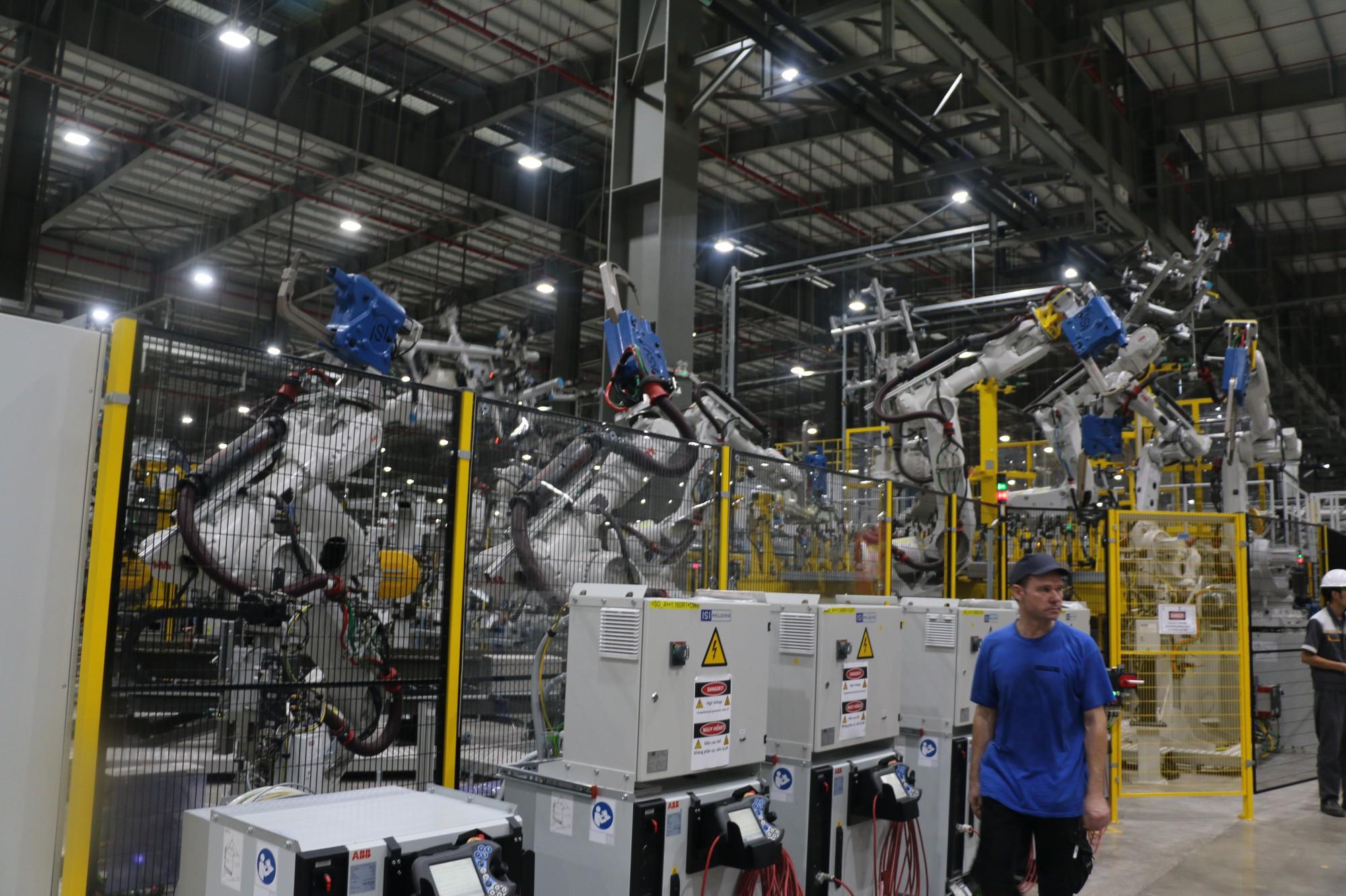 Xem quy trình lắp ráp ôtô VinFast trước ngày đi vào sản xuất thương mại - Ảnh 5.