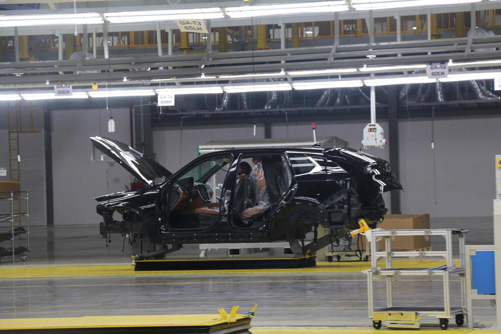 Xem quy trình lắp ráp ôtô VinFast trước ngày đi vào sản xuất thương mại - Ảnh 13.