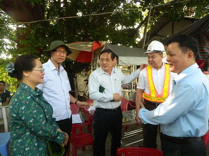 Tân Chủ tịch HĐND TP HCM kiểm tra dự án chống ngập 10.000 tỉ đồng - Ảnh 1.