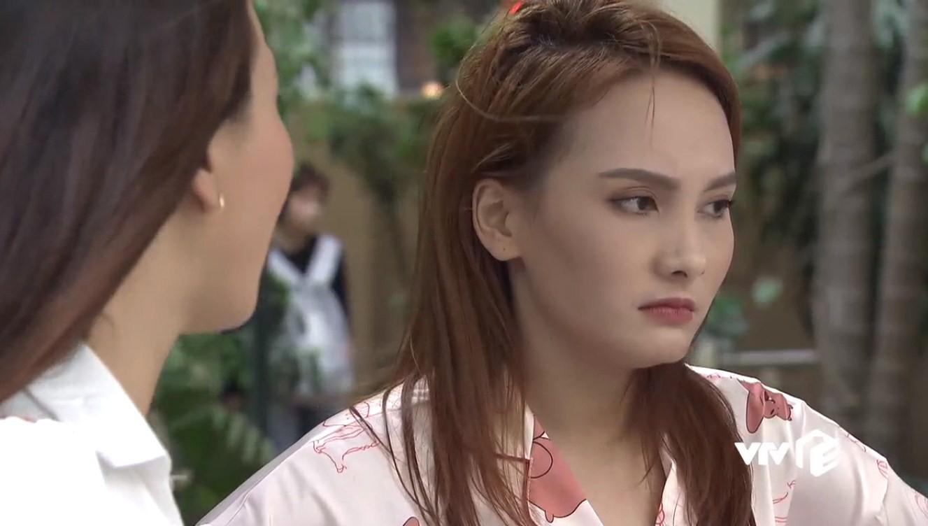 Về nhà đi con tập 22: Vũ ngỡ ngàng biết Thư còn trong trắng, Dương bỏ thi để kiếm tiền giúp chị trả nợ - Ảnh 17.