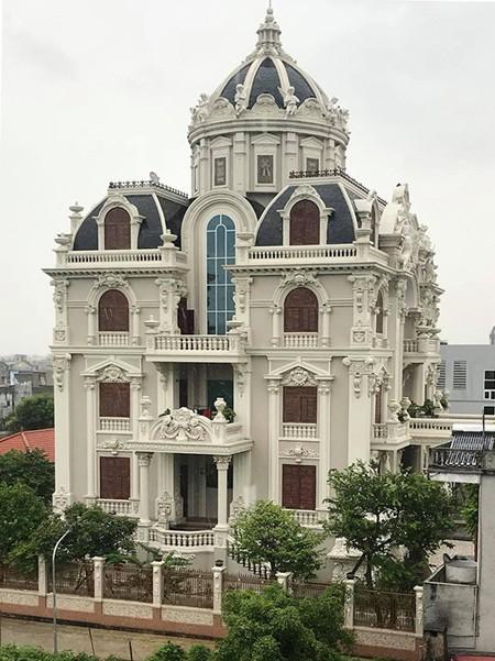 Cuộc sống trong những lâu đài của đại gia Việt - Ảnh 2.