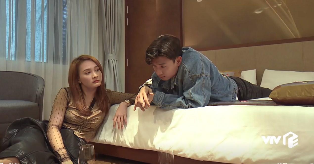 Về nhà đi con tập 22: Vũ ngỡ ngàng biết Thư còn trong trắng, Dương bỏ thi để kiếm tiền giúp chị trả nợ - Ảnh 3.