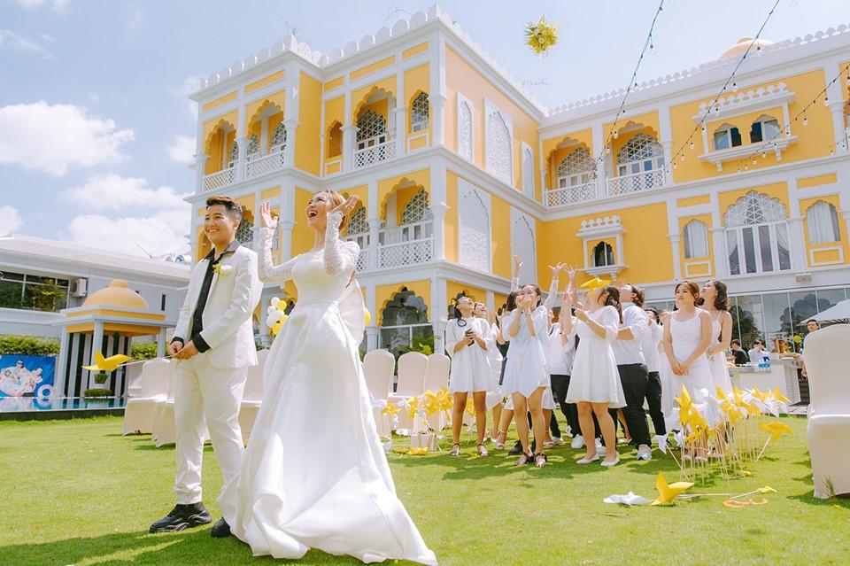 Lễ nguyện thề hạnh phúc của cặp đồng tính nữ Yun Bin và Tú Tri - Ảnh 3.