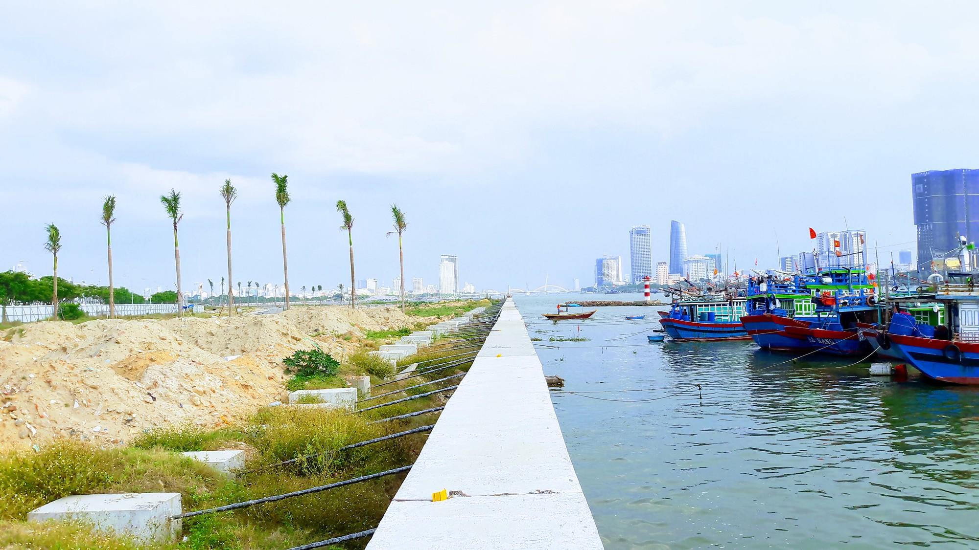 Chủ đầu tư hai dự án bất động sản lấn sông Hàn thống nhất dành khu ven sông làm công viên, lối đi bộ - Ảnh 2.
