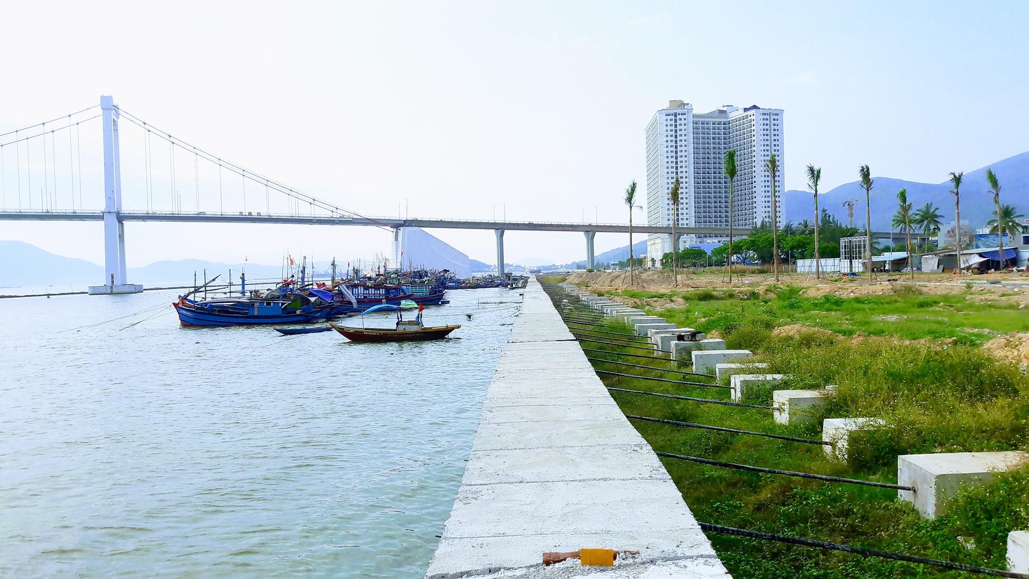 Chủ đầu tư hai dự án bất động sản lấn sông Hàn thống nhất dành khu ven sông làm công viên, lối đi bộ - Ảnh 4.