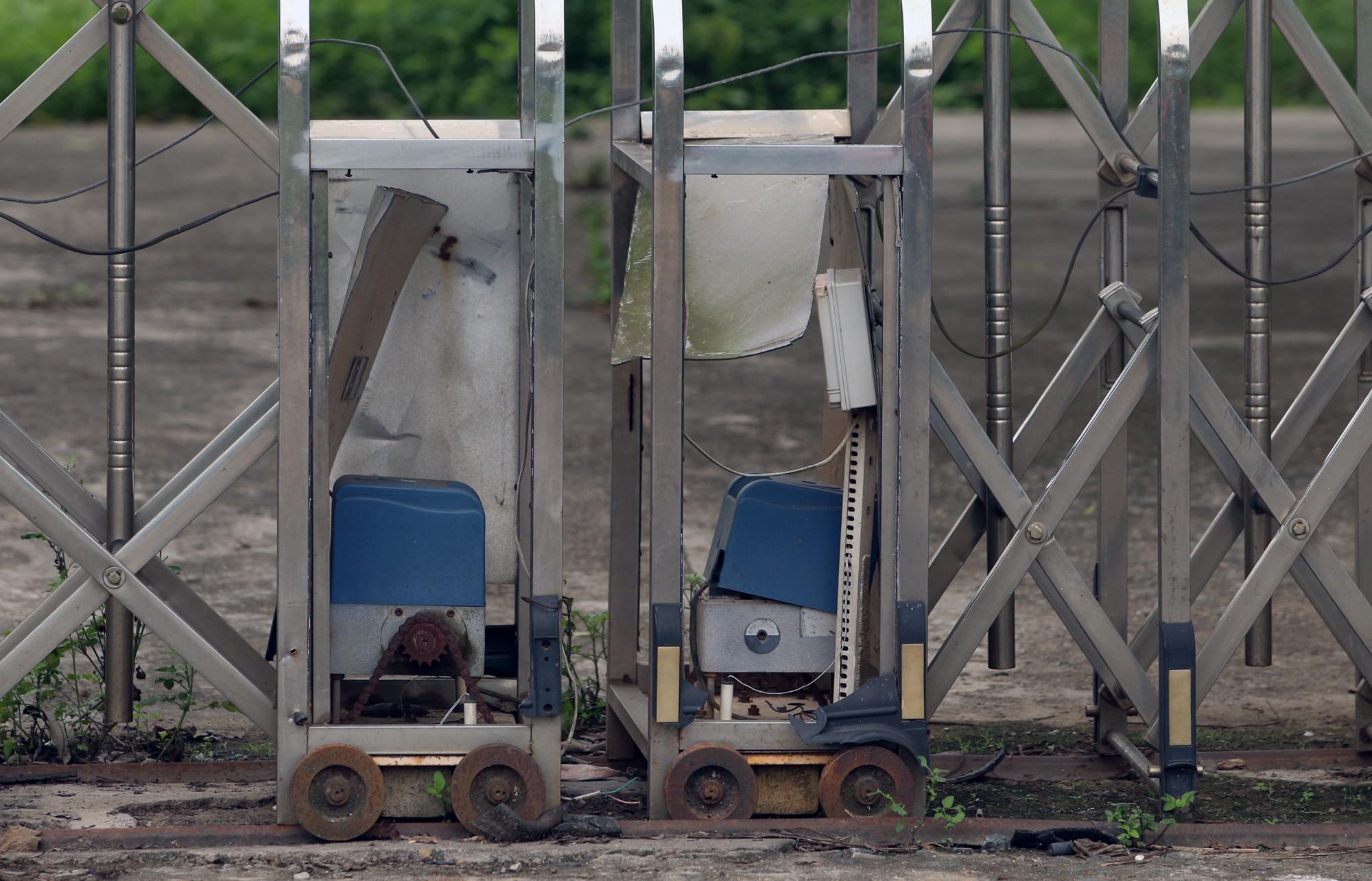 Bệnh viện qui mô 1.000 giường ở Hà Nội thành nơi nuôi gà - Ảnh 3.