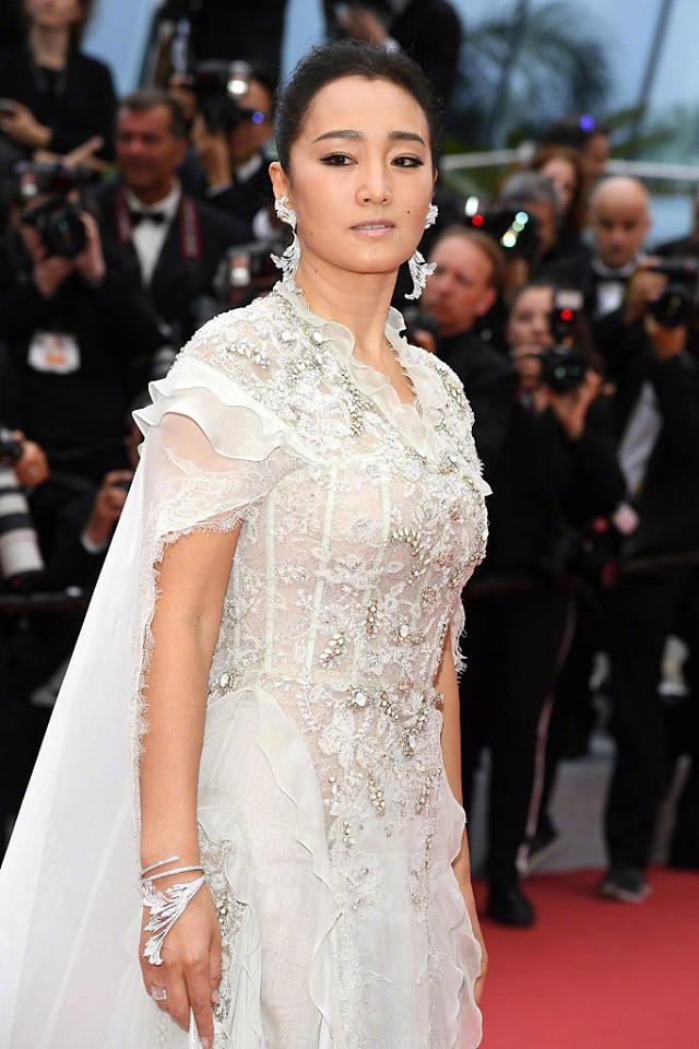 Thảm đỏ LHP Cannes 2019: Màn chặt chém váy áo của những siêu sao quốc tế  - Ảnh 11.