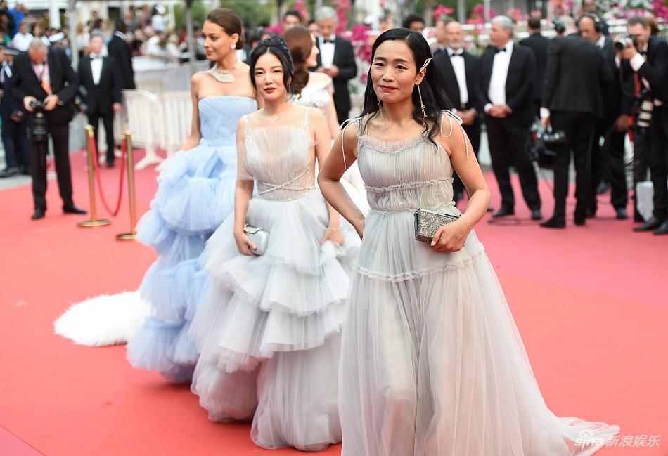 Những mặt tối của nghệ sĩ trên thảm đỏ Liên hoan phim Cannes 2019 - Ảnh 3.
