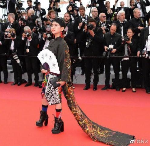Những mặt tối của nghệ sĩ trên thảm đỏ Liên hoan phim Cannes 2019 - Ảnh 5.