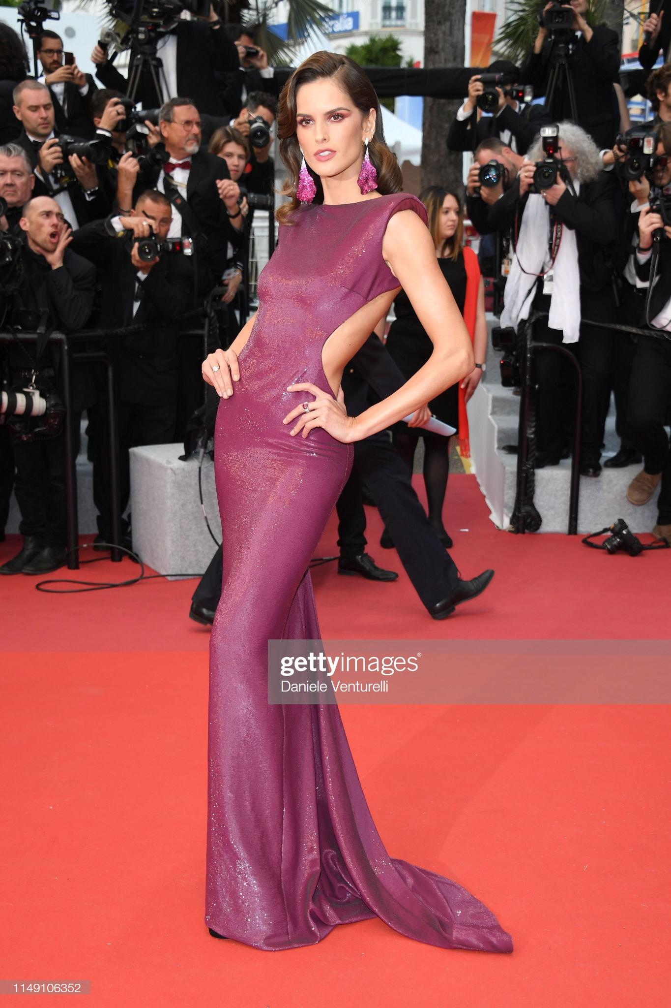 Thảm đỏ LHP Cannes 2019: Màn chặt chém váy áo của những siêu sao quốc tế  - Ảnh 4.