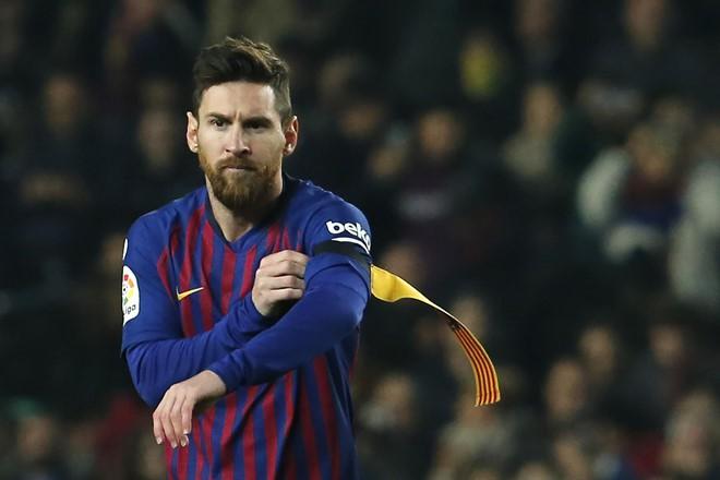 Siêu đội hình Barca mùa tới với 3 ngôi sao trị giá hơn 270 triệu euro - Ảnh 9.