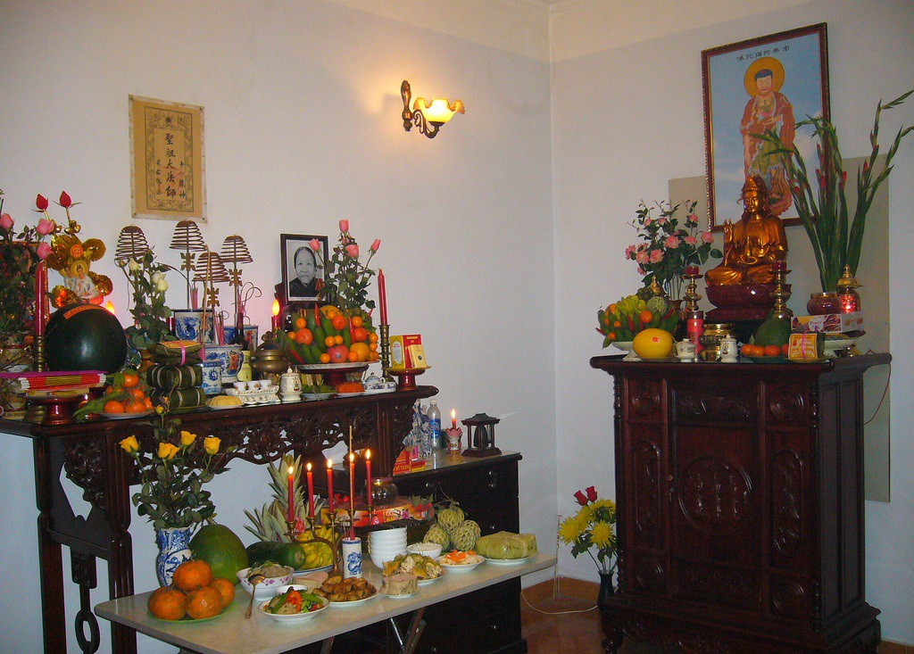 Ngày Phật Đản, Phật tử thờ Phật tại gia cần lưu ý điều gì? - Ảnh 2.