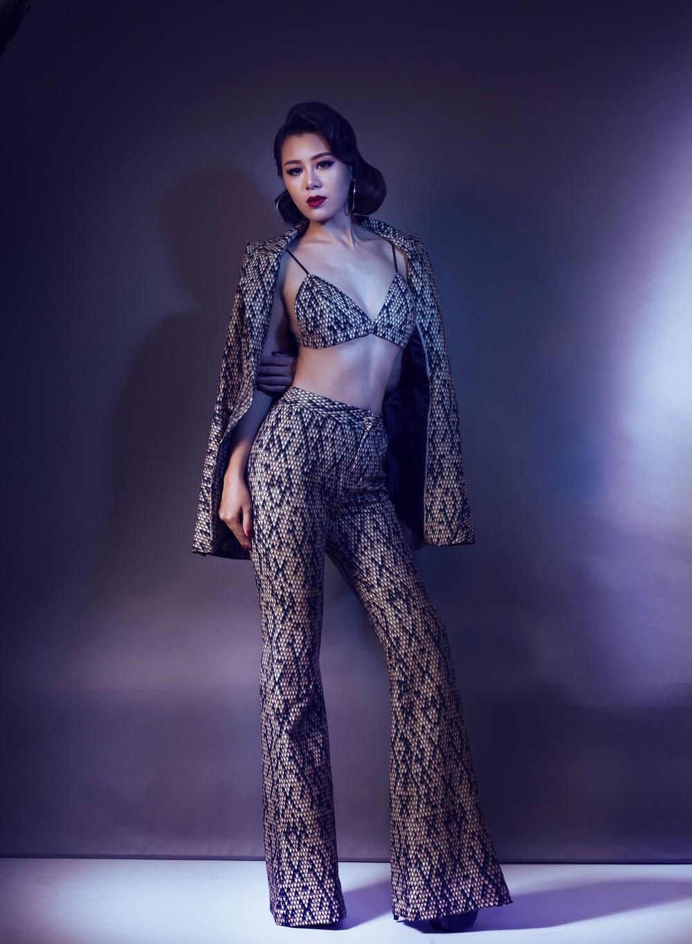 Loạt ảnh sexy, khoe thân quá đà của nữ MC thay thế Cát Tường dẫn Bạn muốn hẹn hò - Ảnh 3.