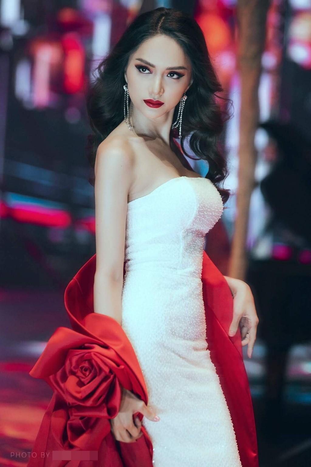 Vietnams Next Top Model 2019: Thanh Hằng khó tham gia mùa 9, Võ Hoàng Yến, Hương Giang được dân mạng ủng hộ - Ảnh 5.