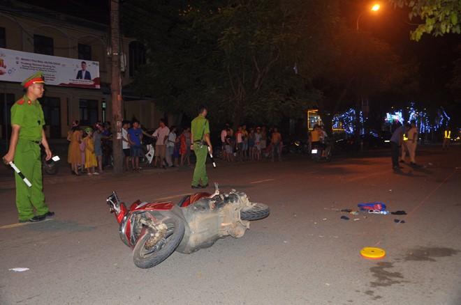 Tài xế say rượu gây tai nạn, trẻ 9 tuổi chết sau tay lái của mẹ - Ảnh 1.