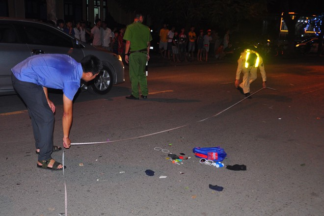 Tài xế say rượu gây tai nạn, trẻ 9 tuổi chết sau tay lái của mẹ - Ảnh 2.