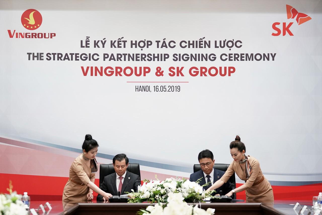 Tập đoàn SK chi 1 tỉ USD mua 6,1% của Vingroup - Ảnh 1.