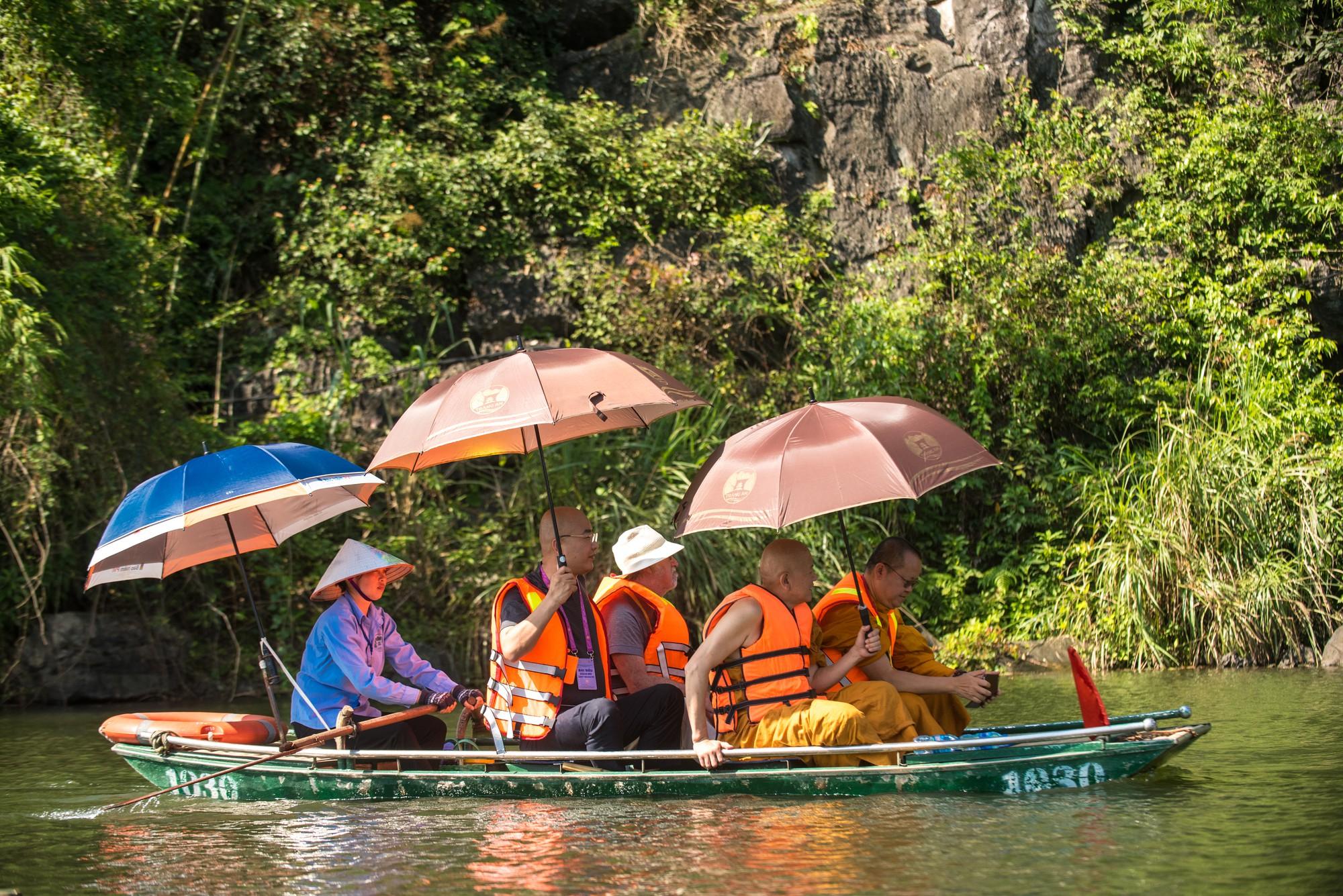 Vì sao các đại biểu quốc tế chọn Ninh Bình, Quảng Ninh, Lào Cai làm điểm đến sau Đại lễ Phật Đản Vesak 2019? - Ảnh 2.
