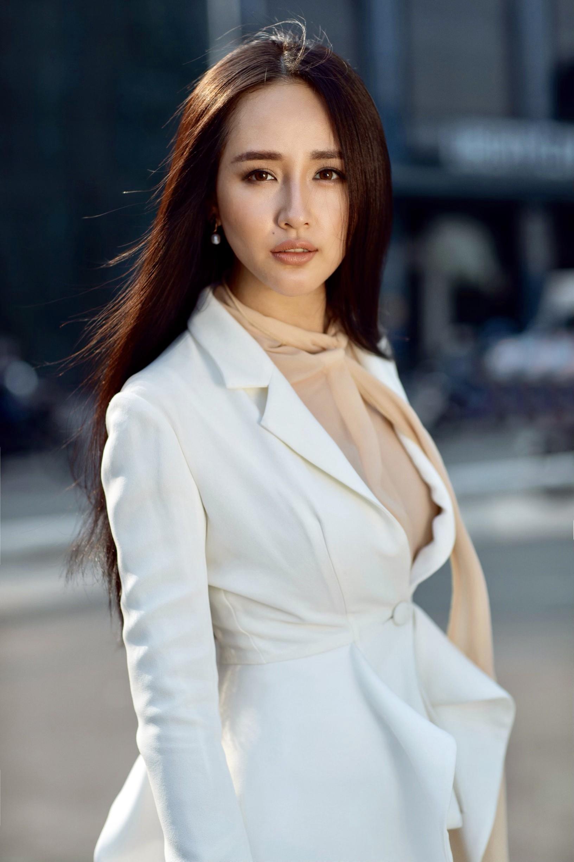 Mai Phương Thúy ngồi ghế nóng Hoa hậu Thế giới Việt Nam 2019  - Ảnh 2.