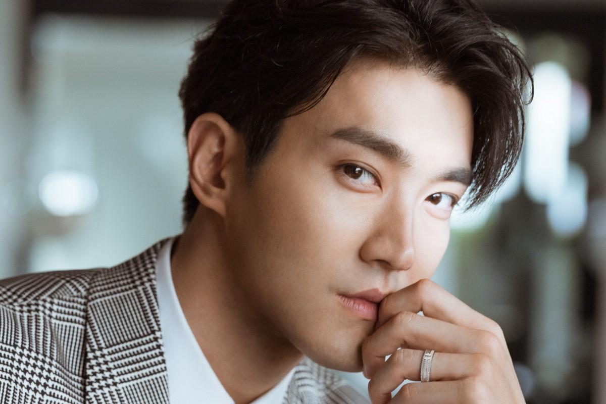 Ca sĩ Choi Siwon: Hoàng tử đời thật với xuất thân hoàng gia, sở hữu gia tài khủng đứng thứ 2 làng giải trí Hàn - Ảnh 1.