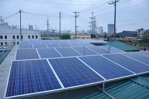 Dân Hà Nội sắp được bán ngược điện mặt trời - Ảnh 1.