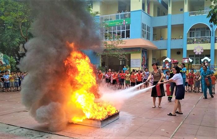 Nhiều trường mầm non tư thục không đủ điều kiện phòng cháy, chữa cháy - Ảnh 2.