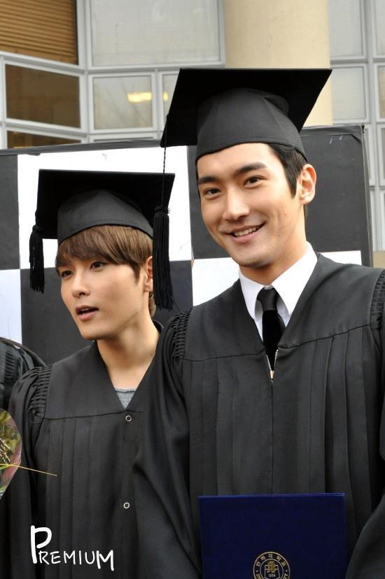 Ca sĩ Choi Siwon: Hoàng tử đời thật với xuất thân hoàng gia, sở hữu gia tài khủng đứng thứ 2 làng giải trí Hàn - Ảnh 9.