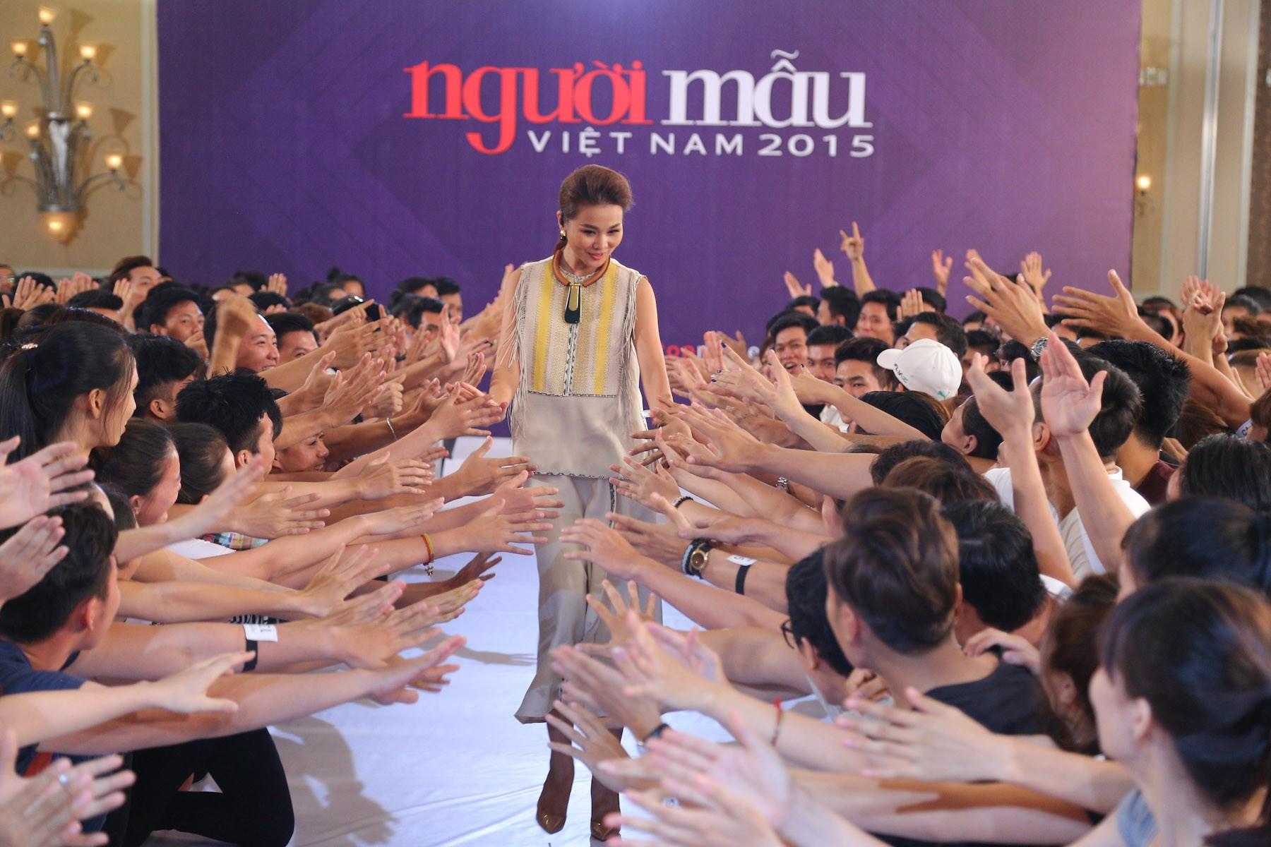 Vietnams Next Top Model 2019: Thanh Hằng khó tham gia mùa 9, Võ Hoàng Yến, Hương Giang được dân mạng ủng hộ - Ảnh 8.