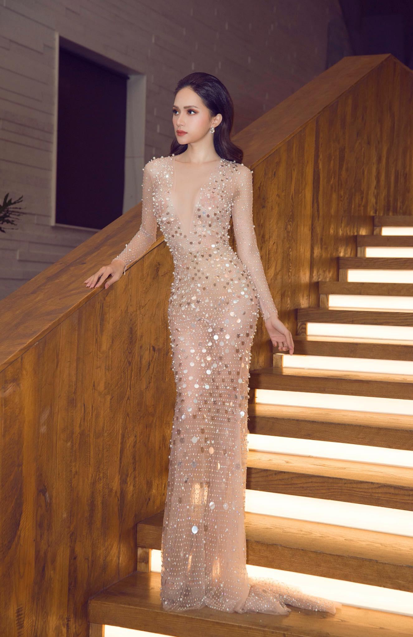 Những chiếc váy giúp Hoa hậu Hương Giang nâng tầm đẳng cấp  - Ảnh 10.