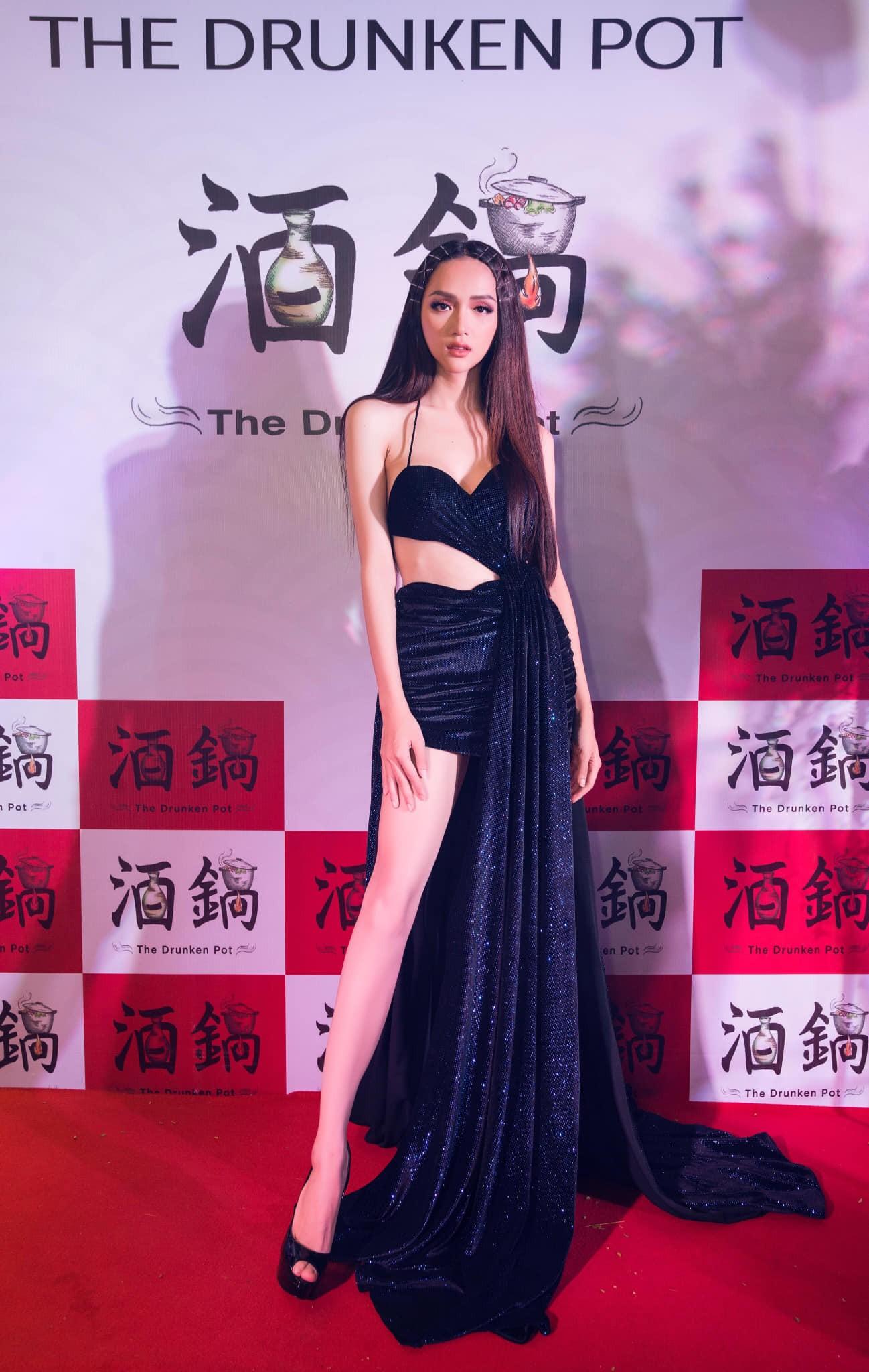 Những chiếc váy giúp Hoa hậu Hương Giang nâng tầm đẳng cấp  - Ảnh 19.