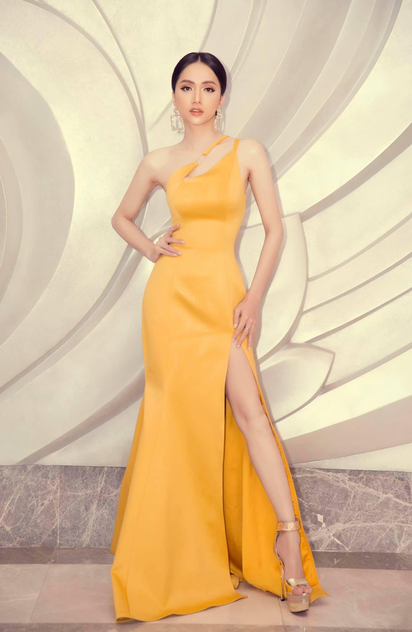 Những chiếc váy giúp Hoa hậu Hương Giang nâng tầm đẳng cấp  - Ảnh 16.