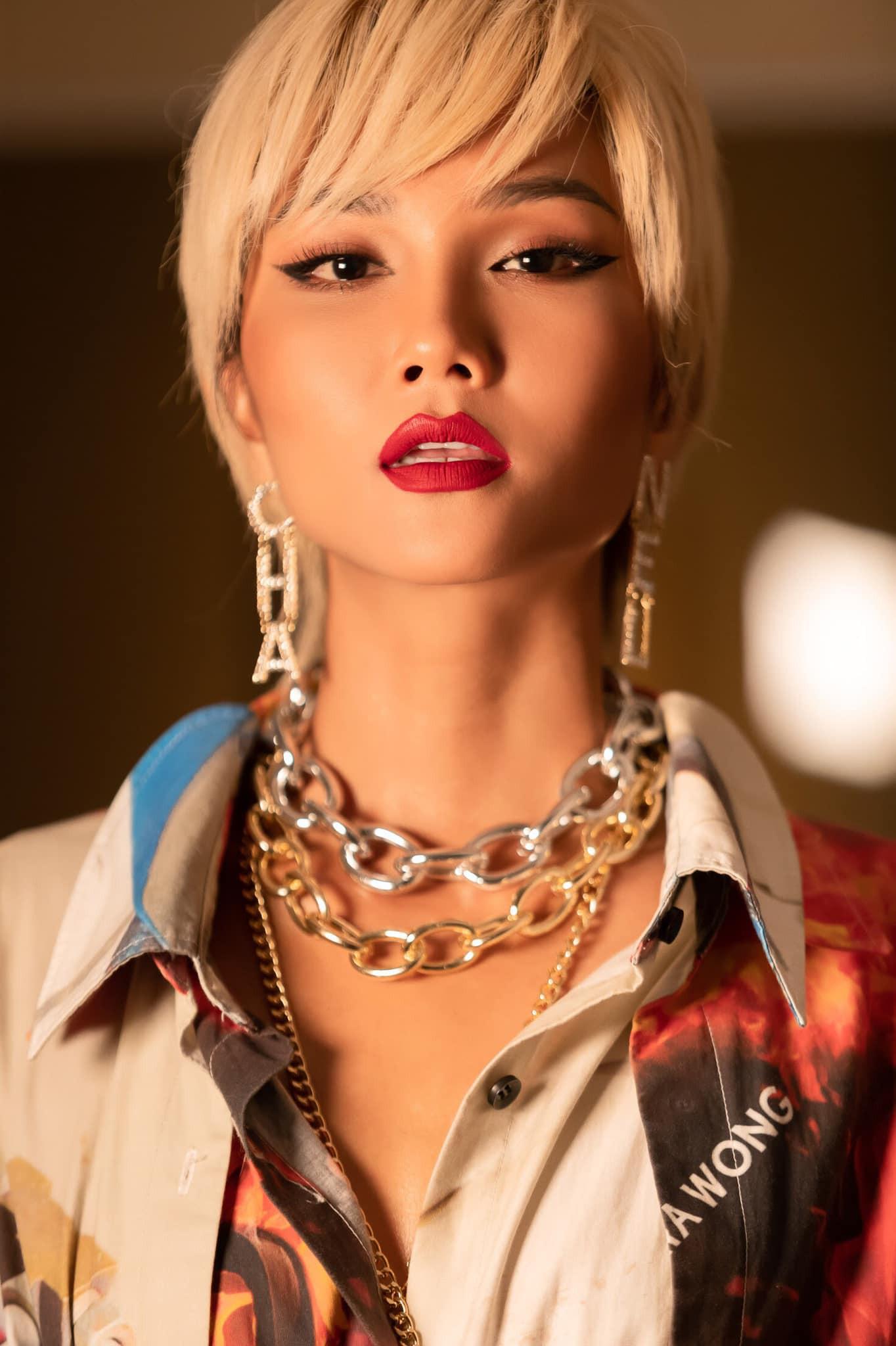 Đi tìm kiểu tóc phù hợp với gương mặt và phong cách của HHen Niê - Ảnh 9.