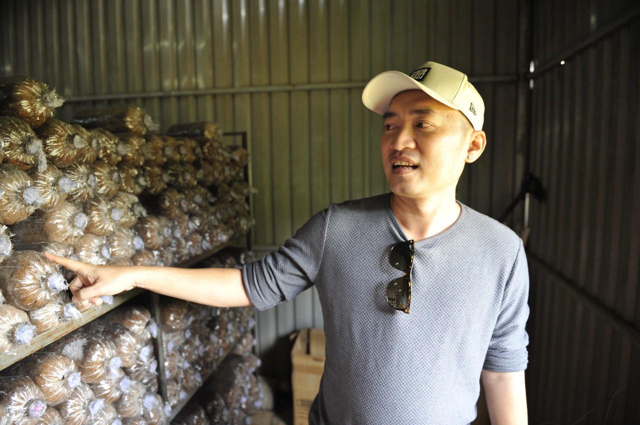 Tiến Luật khoe trang trại lớn, tách riêng kinh doanh mà không có Thu Trang - Ảnh 3.