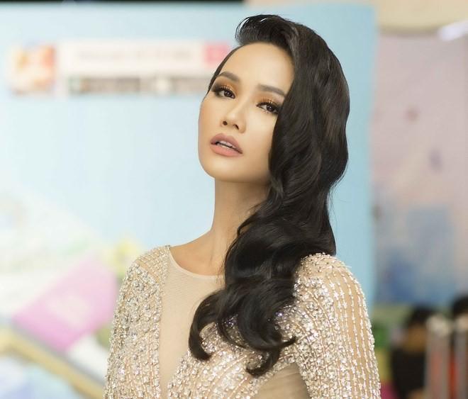 Đi tìm kiểu tóc phù hợp với gương mặt và phong cách của HHen Niê - Ảnh 16.