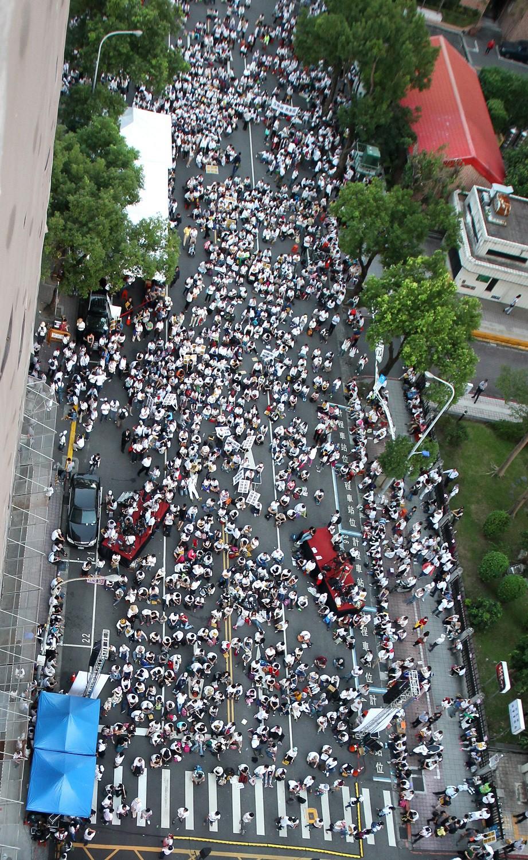 Hành trình chông gai để được công nhận hôn nhân đồng giới của cộng đồng LGBTQ+ tại Đài Loan (Trung Quốc) - Ảnh 3.