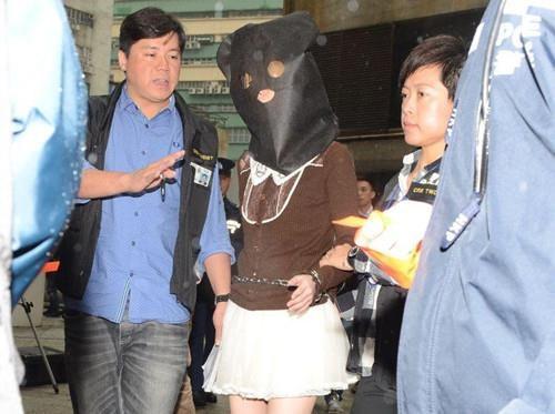 Khối bê tông chứa xác người trong phòng khách ở Hong Kong - Ảnh 3.